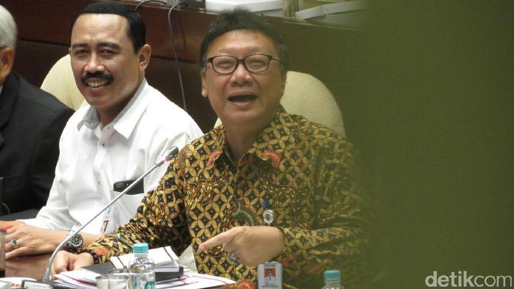 Soal Status Ahok, Menteri Tjahjo: Jangan Salahkan Jokowi