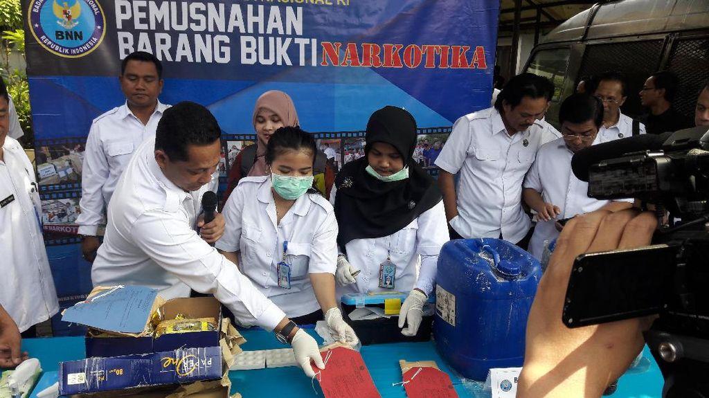 BNN Libatkan IPB Musnahkan Narkoba Blue Sapphire