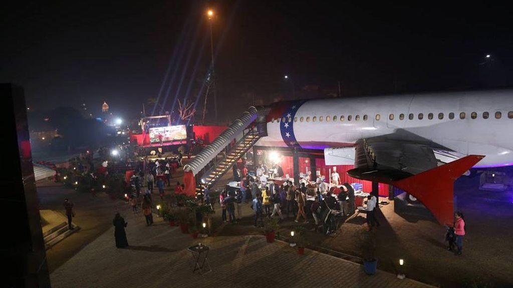 Ketika Pesawat Disulap Jadi Restoran Vegetarian di India