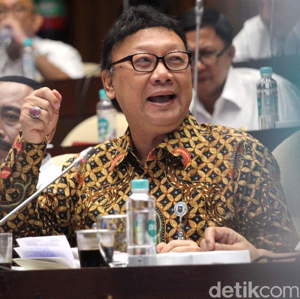Mendagri Dicecar Komisi II Terkait Ahok