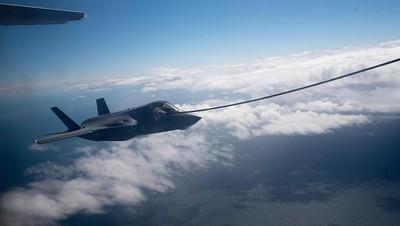 Potret Dramatis Jet Tempur Tercanggih F-35 Lightning II