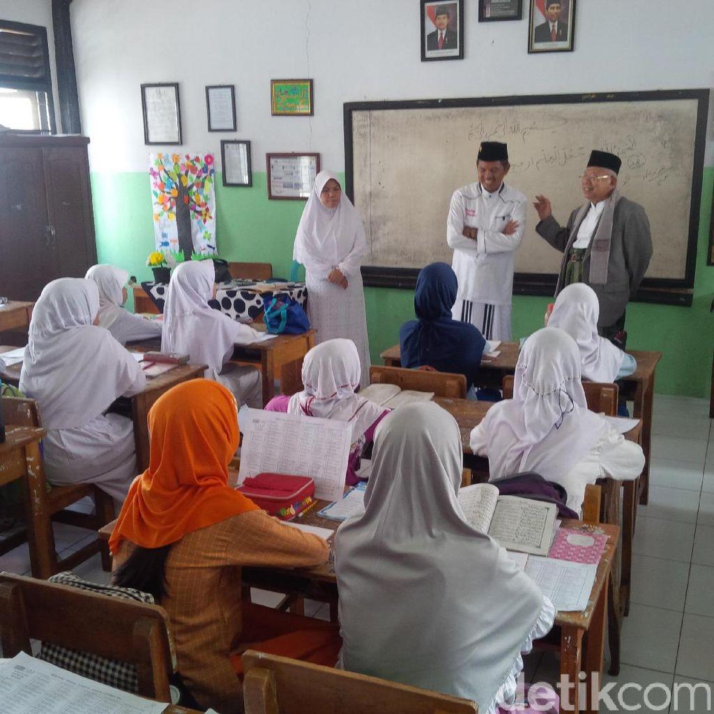 Maruf Amin Puji Program Pembelajaran Kitab Kuning di Purwakarta