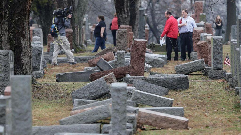 Muslim AS Kumpulkan USD 84 Ribu untuk Perbaiki Pemakaman Yahudi