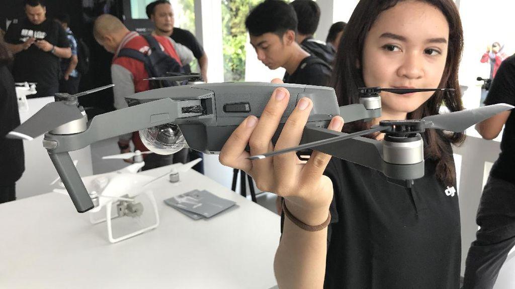 Drone Makin Mini Makin Pintar