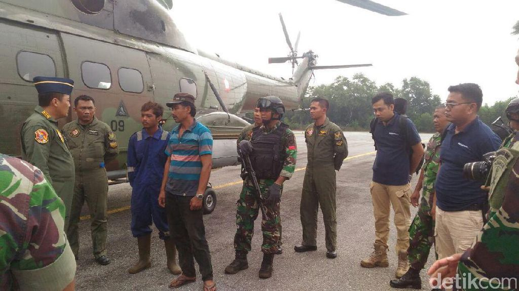 TNI AU Tangkap 2 Pelaku Diduga Pembakar Lahan di Riau