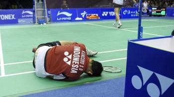 Cedera-Cedera yang Membekap Sony Dwi Kuncoro