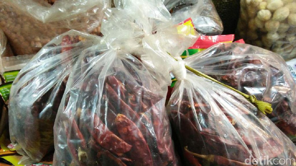 Cabai Kering Impor Beredar di Pasar, Kemendag: Enggak Masalah