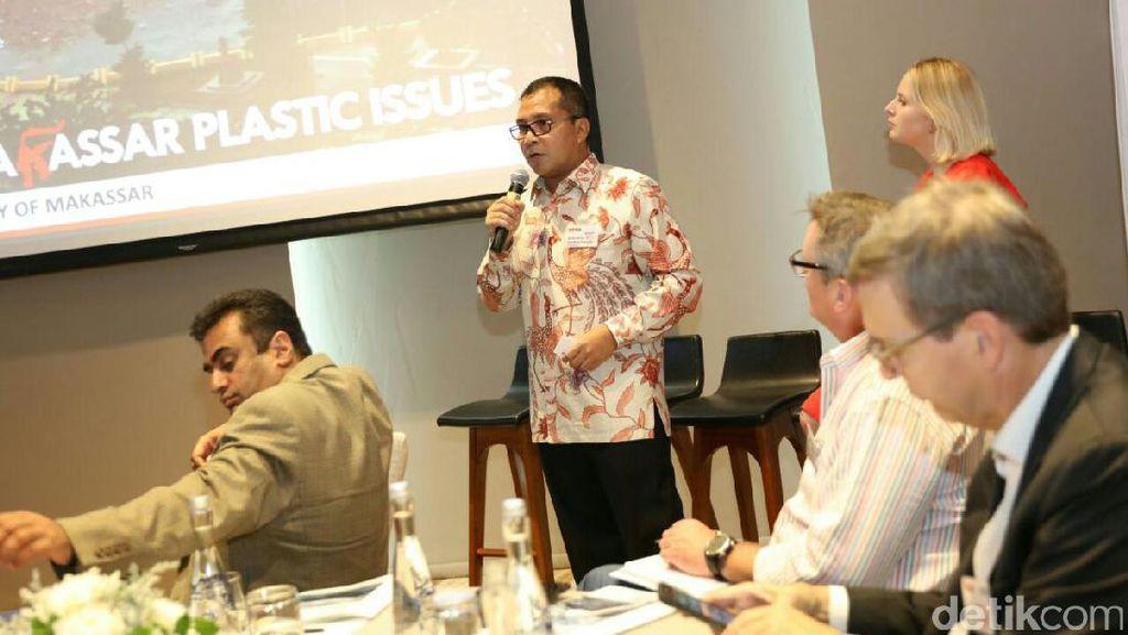 WOS 2017, Walkot Makassar Bicara Penanganan Sampah Plastik di Laut