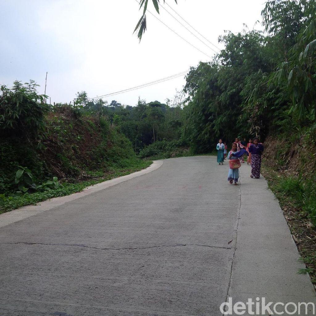 Cerita Suka Duka Warga yang Tinggal di Lingkar Barat Purwakarta