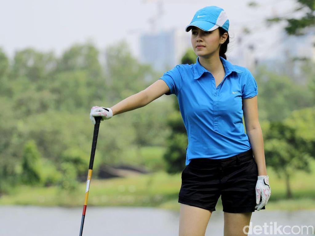 Hobi Main Golf, Ini Risiko yang Rela Diterima Anggika Bolsterli