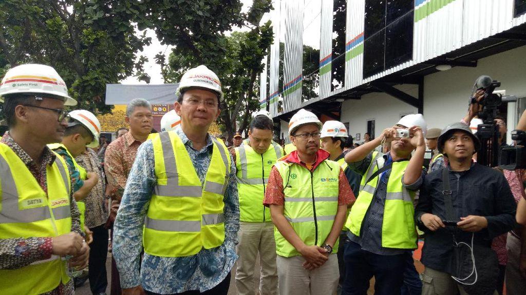 Ahok Akan Bangun Apartemen Harga Kos di Depo LRT Kelapa Gading