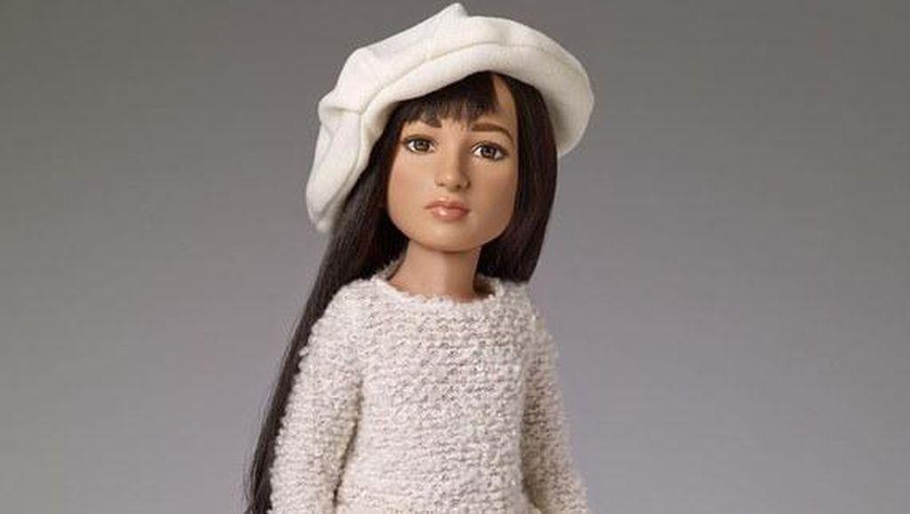 Perusahaan Mainan Ini Rilis Boneka Transgender Pertama di Dunia