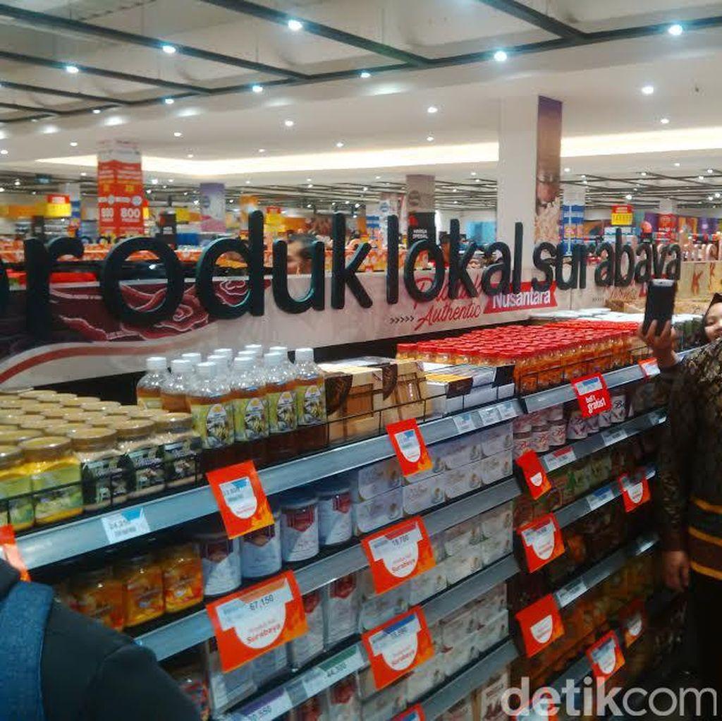Risma Bangga Produk UKM Surabaya Masuk Transmart