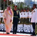 Ekonomi Arab Lesu, Raja Salman Keliling Asia Genjot Investasi