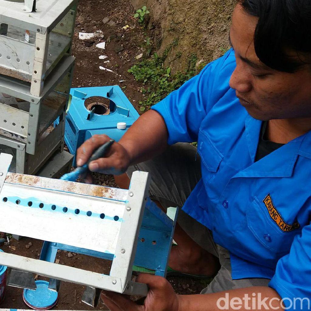 Abah Omay Pembuat Kompor Bahenol Pernah Sukses dengan Kompor Sumbu