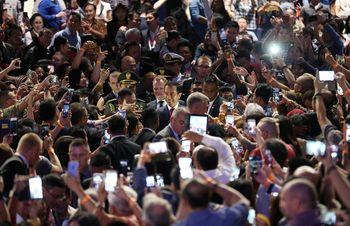Antusiasme WNI di Sydney Sambut Jokowi
