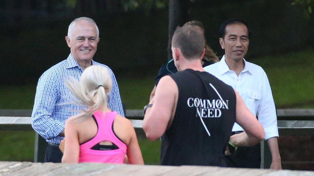 Intip Gaya Santai Jokowi-Turnbull di Sydney