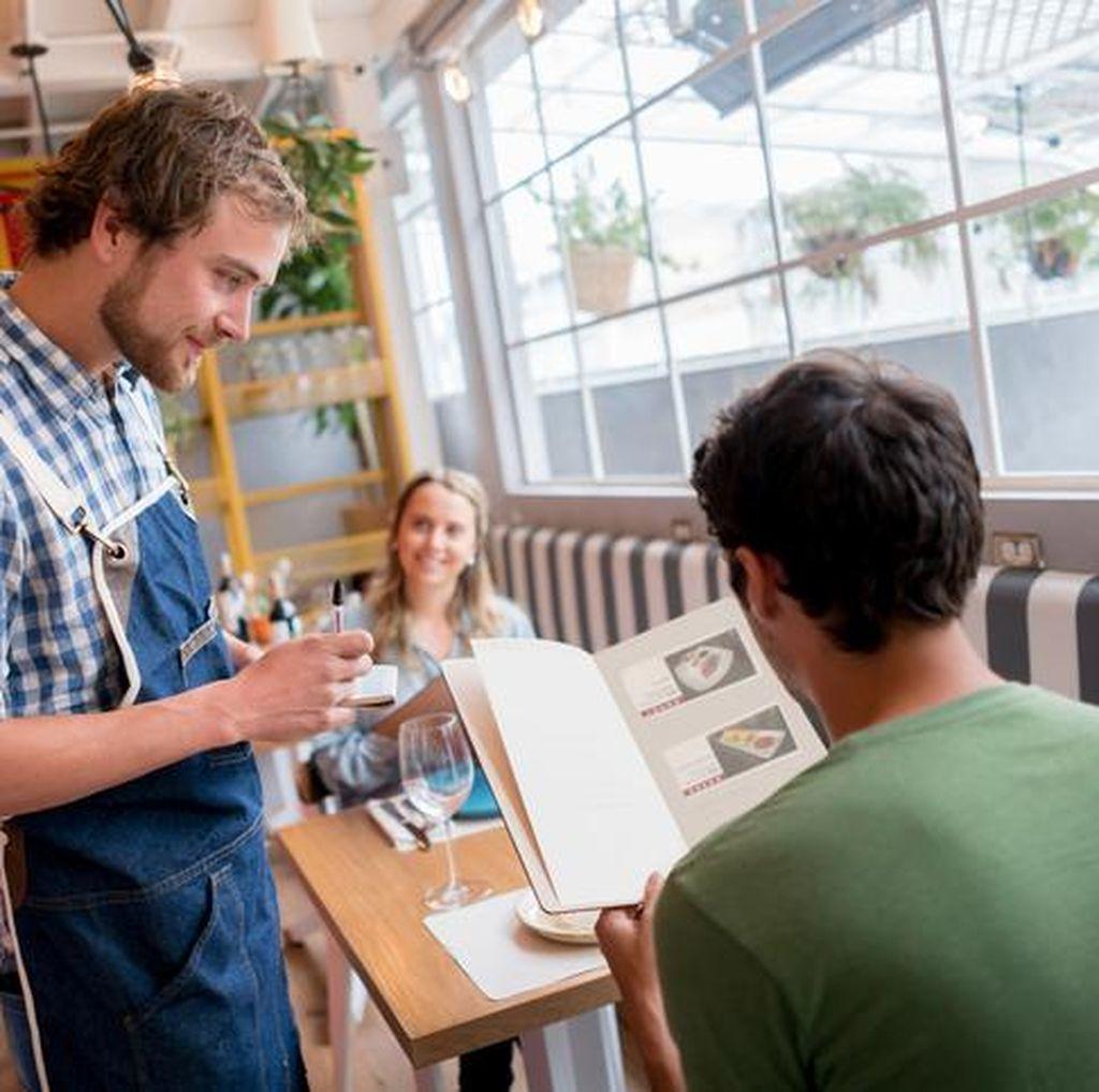 Ini 9 Cara Restoran Merancang Menu Agar Anda Pesan Lebih Banyak (1)