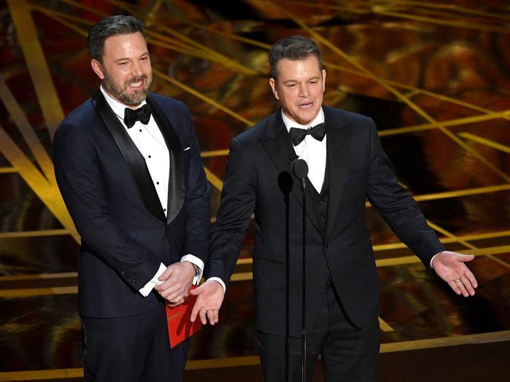 Jimmy Kimmel Tak Henti Goda Matt Damon