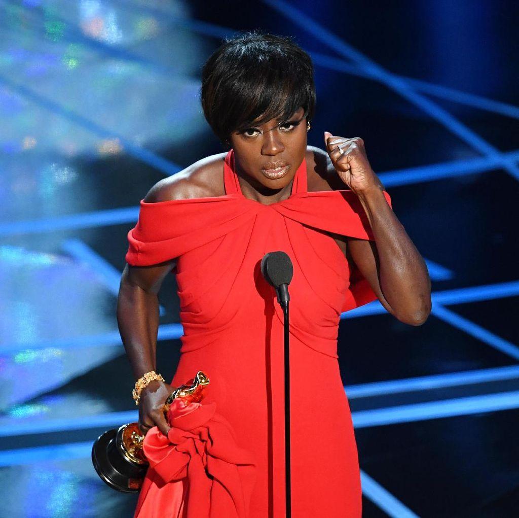 Lewat Fences, Viola Davis Menangkan Piala Oscar Pertamanya