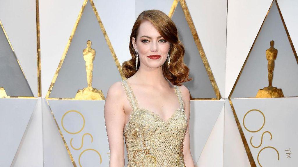Emma Stone dan Perawatan Facial Rp 26 Juta untuk Oscar