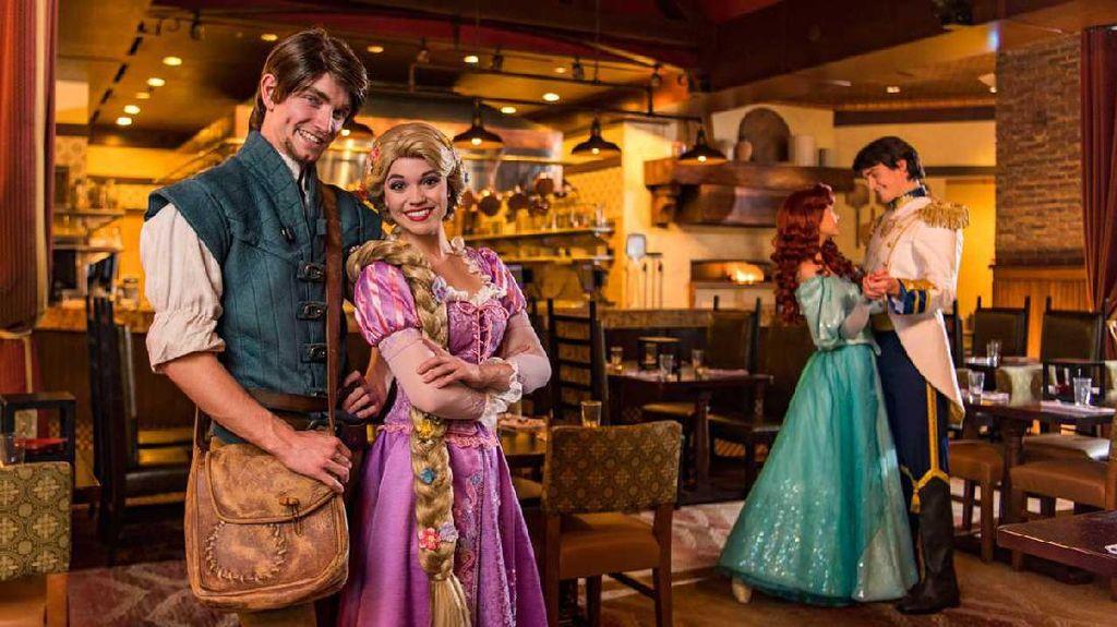 Di Bon Voyage Breakfast Bisa Sarapan Lezat dengan Ariel hingga Rapunzel