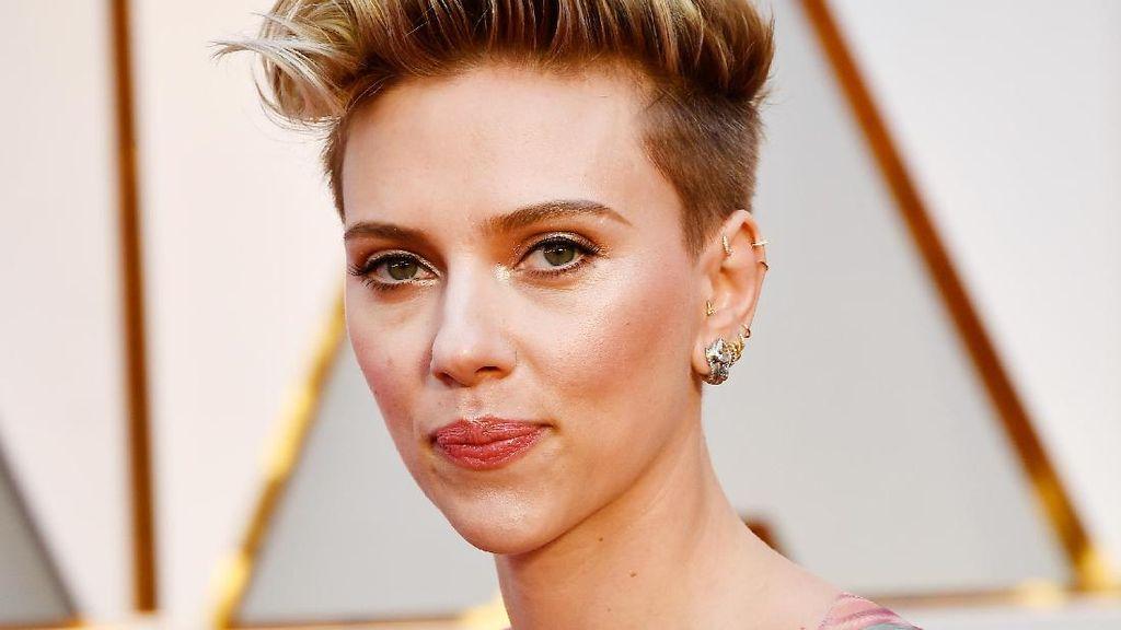 Scarlett Johansson Ingin Terjun ke Politik Saat Putrinya Sudah Besar