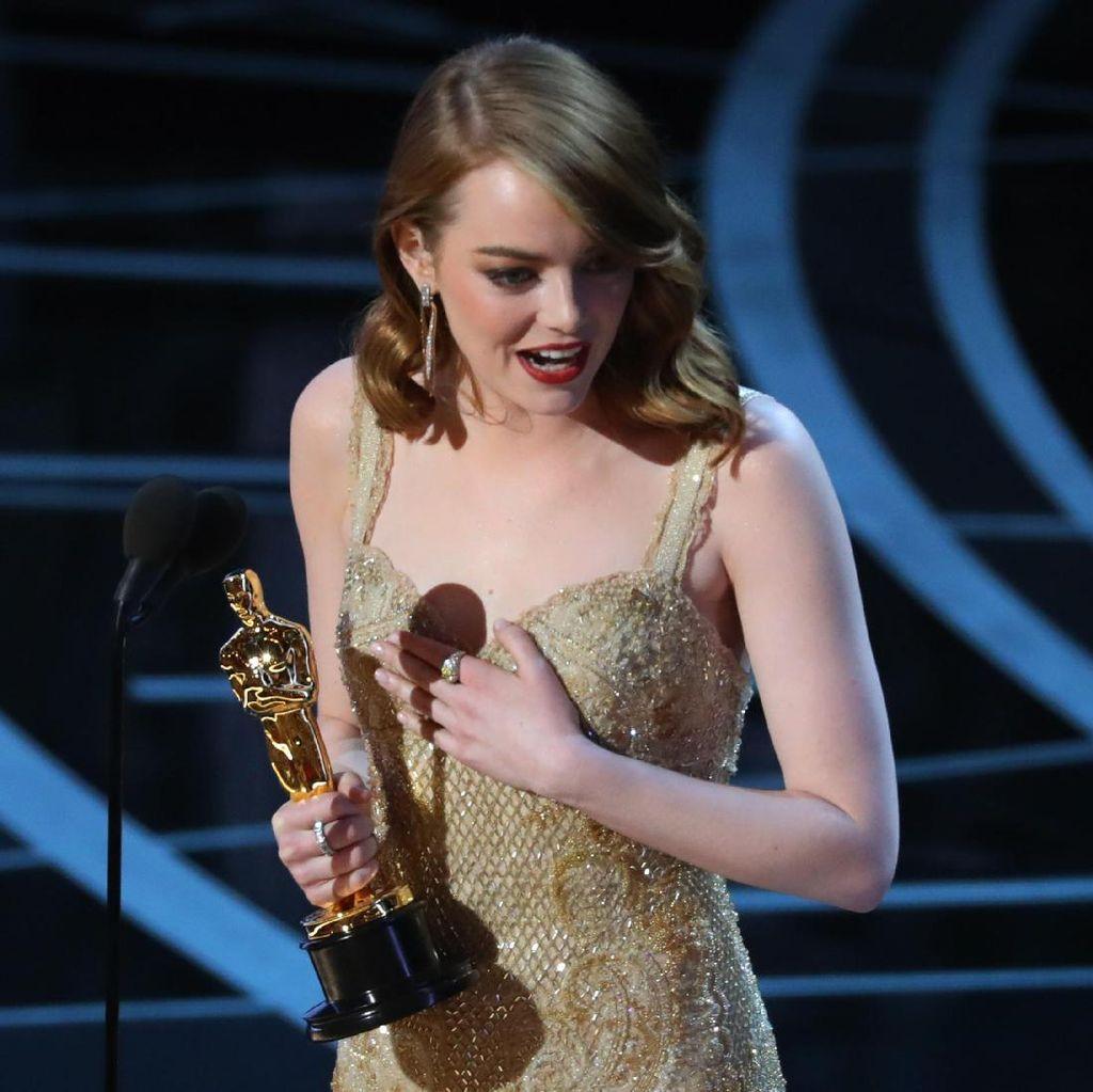 La La Land Tidak Jadi Menang Oscar, Emma Stone: Oh My God!