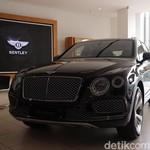 SUV Pertama Bentley Mengaspal di Jakarta