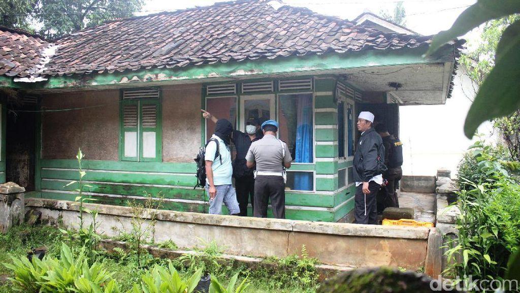 YC Pelaku Bom Bandung Tinggalkan Kontrakan Bawa Bungkusan Besar
