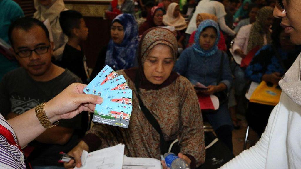 Pendistribusian Kartu Jakarta Pintar