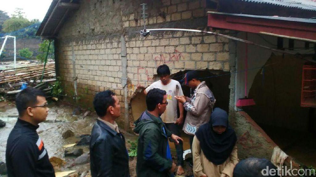 Banjir Bandang Landa Bogor, Ibu dan Anak Meninggal Terbawa Arus
