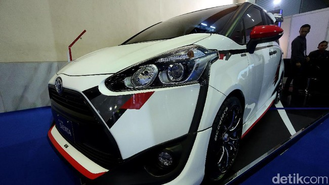 Modifikasi Sporty untuk Toyota Sienta