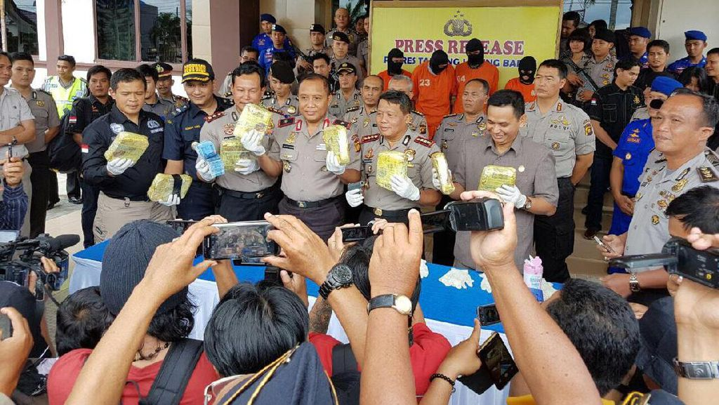 Petugas Gagalkan Penyelundupan Sabu via Fast Boat ke Jambi