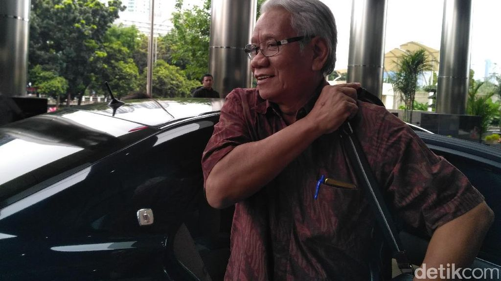 Pansel MK Gandeng KPK Telusuri Rekam Jejak Pengganti Patrialis