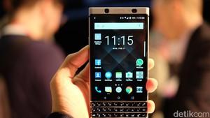 Lebih Intim dengan BlackBerry KEYone