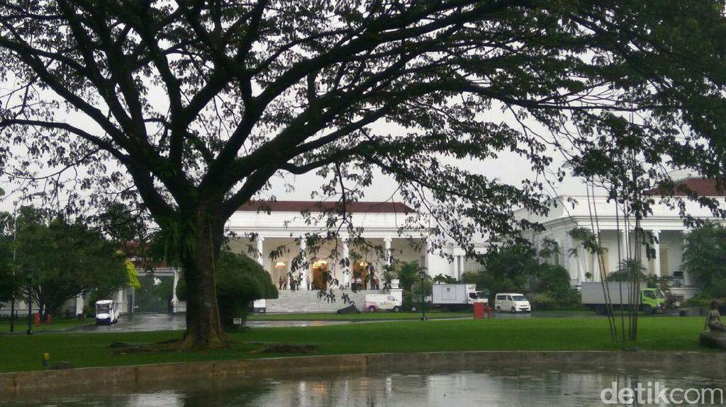 Kala Istana Menyambut Sang Raja