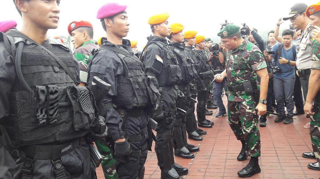 TNI Apel Gelar Pasukan Untuk Persiapan Pengamanan Raja Salman