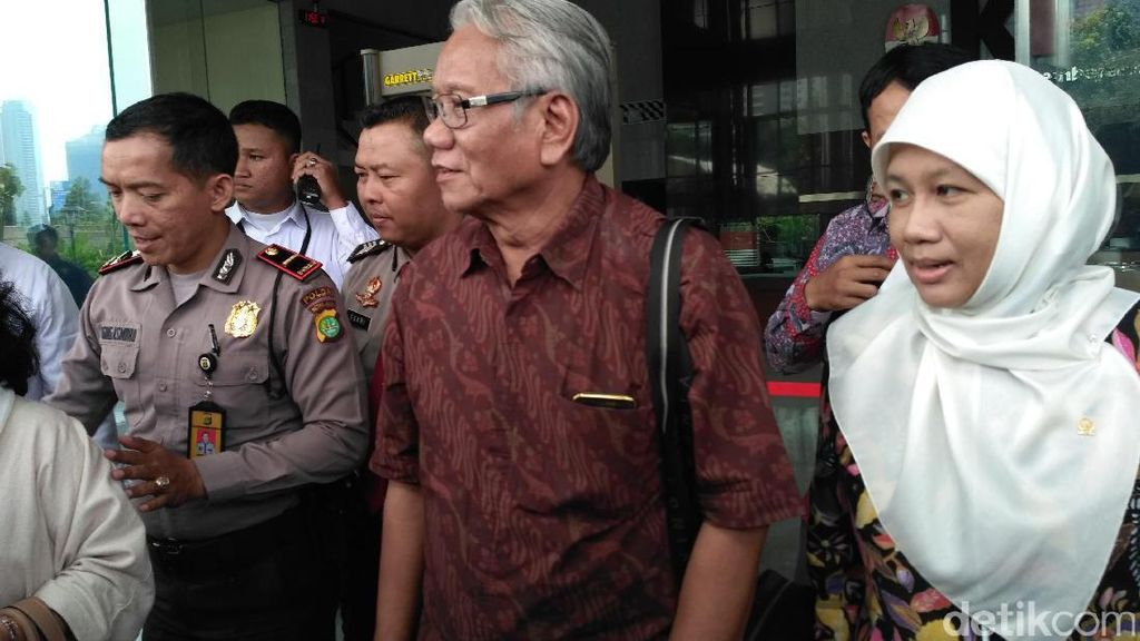 Pansel Hakim MK: Pengganti Patrialis akan Menjabat Sampai 5 Tahun