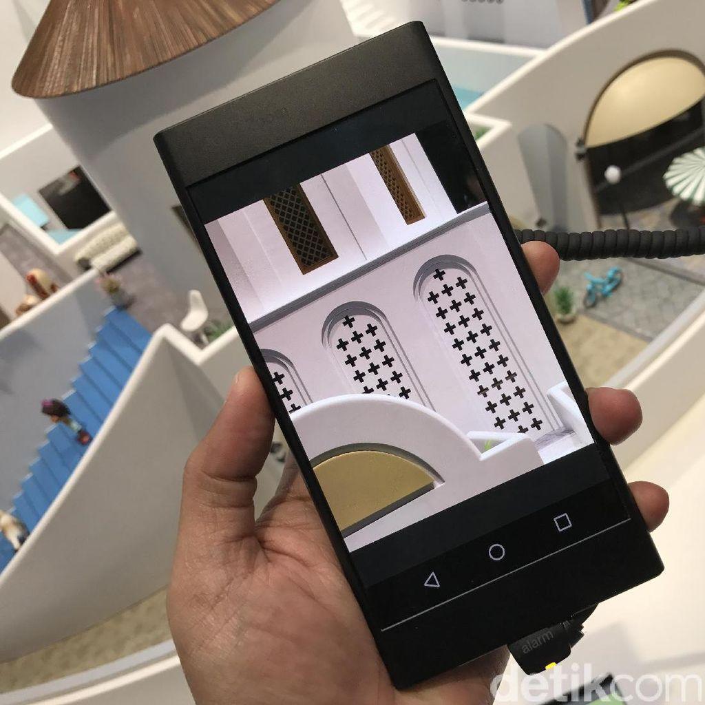 Menjajal Ponsel Oppo Berteknologi 5X Zoom
