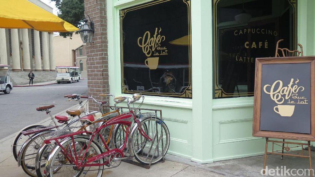 Kafe La La Land Kini Jadi Atraksi Favorit di Warner Bros Studio