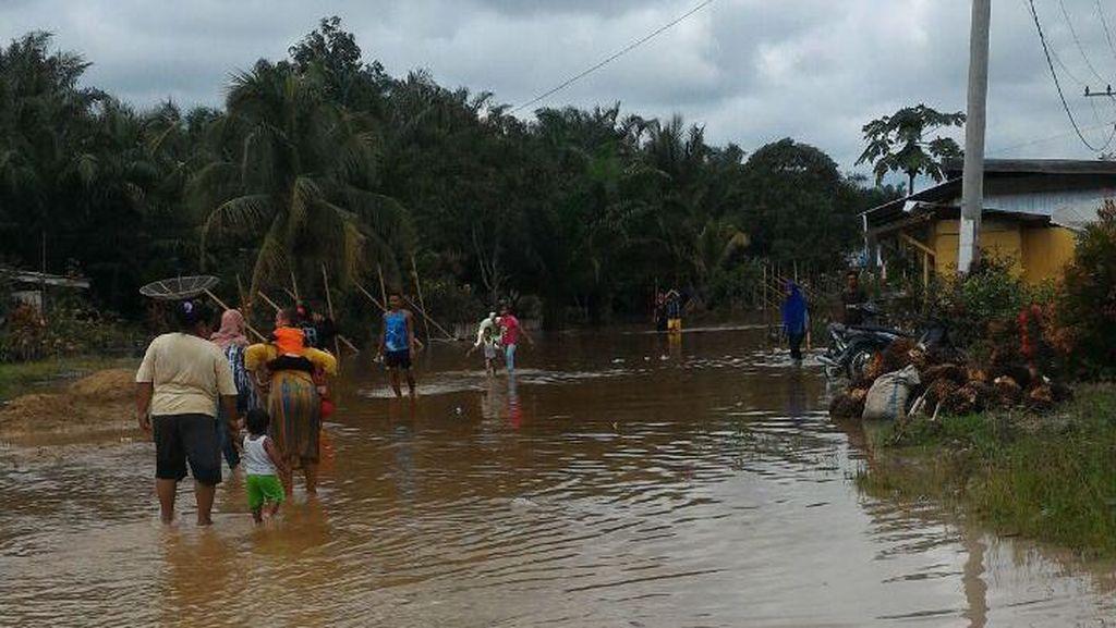 Banjir di Riau, Seorang Warga Tewas Terseret Arus Sungai