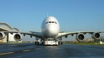 Penampakan 2 Pesawat Super Mewah Milik Pangeran Arab