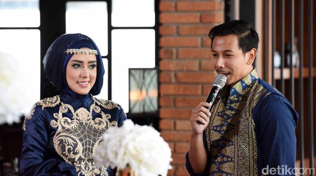 Sweet! Kata-kata Romantis Sonny Setiawan Bikin Fairuz Salah Tingkah
