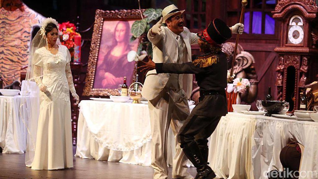 Opera Ikan Asin: Ketika Si Raja Bandit Batavia Jadi Pahlawan