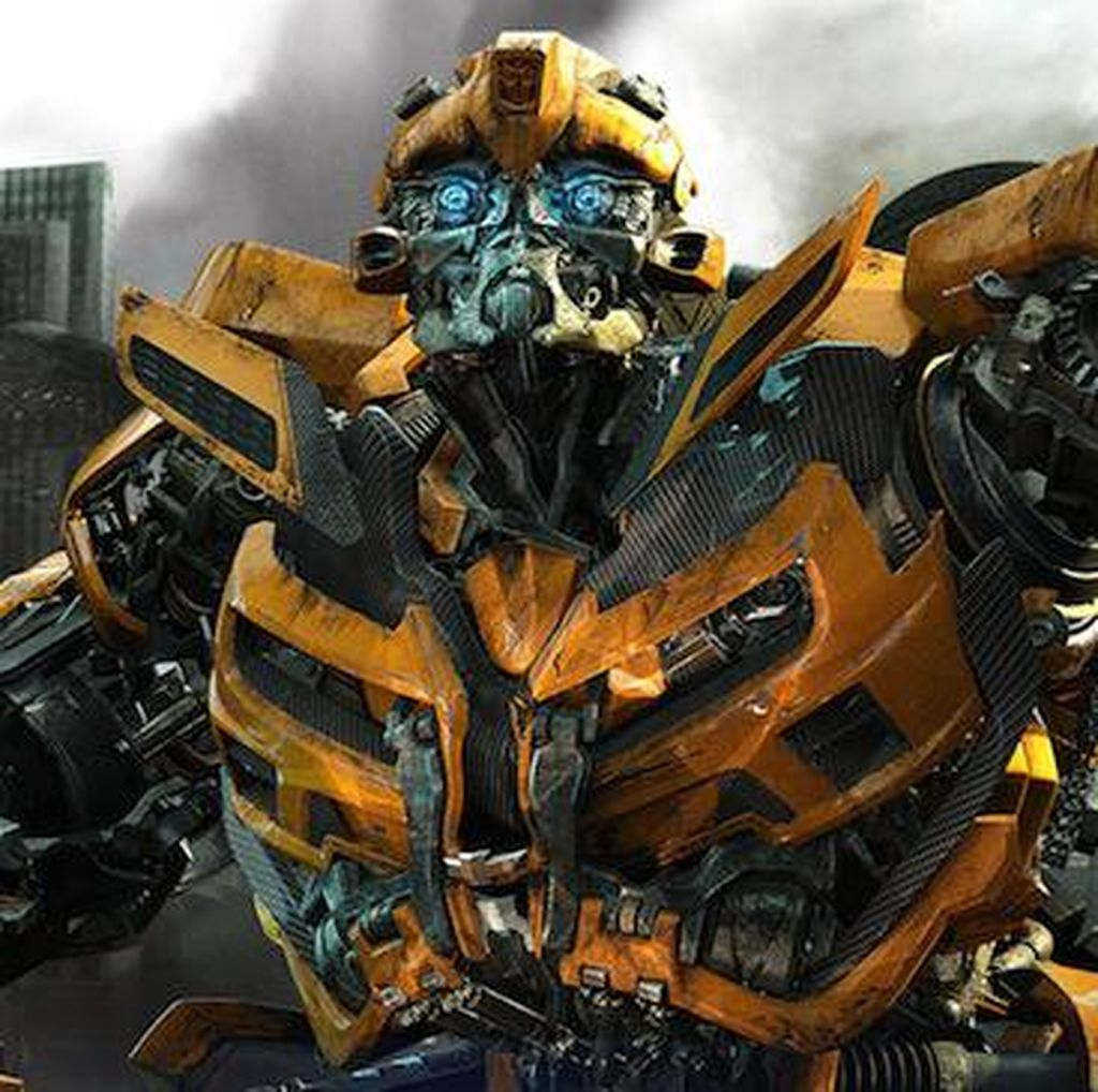 Michael Bay Tak Akan Sutradarai Spin-Off Bumblebee