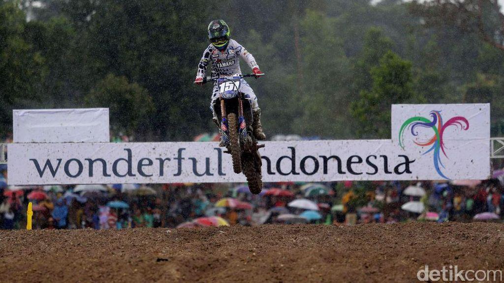 Courtney Duncan Menangi Race 2 MXW