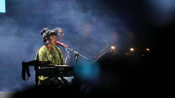 Yura Ajak Penonton Centil Nan Riang di BNI Java Jazz Festival 2017