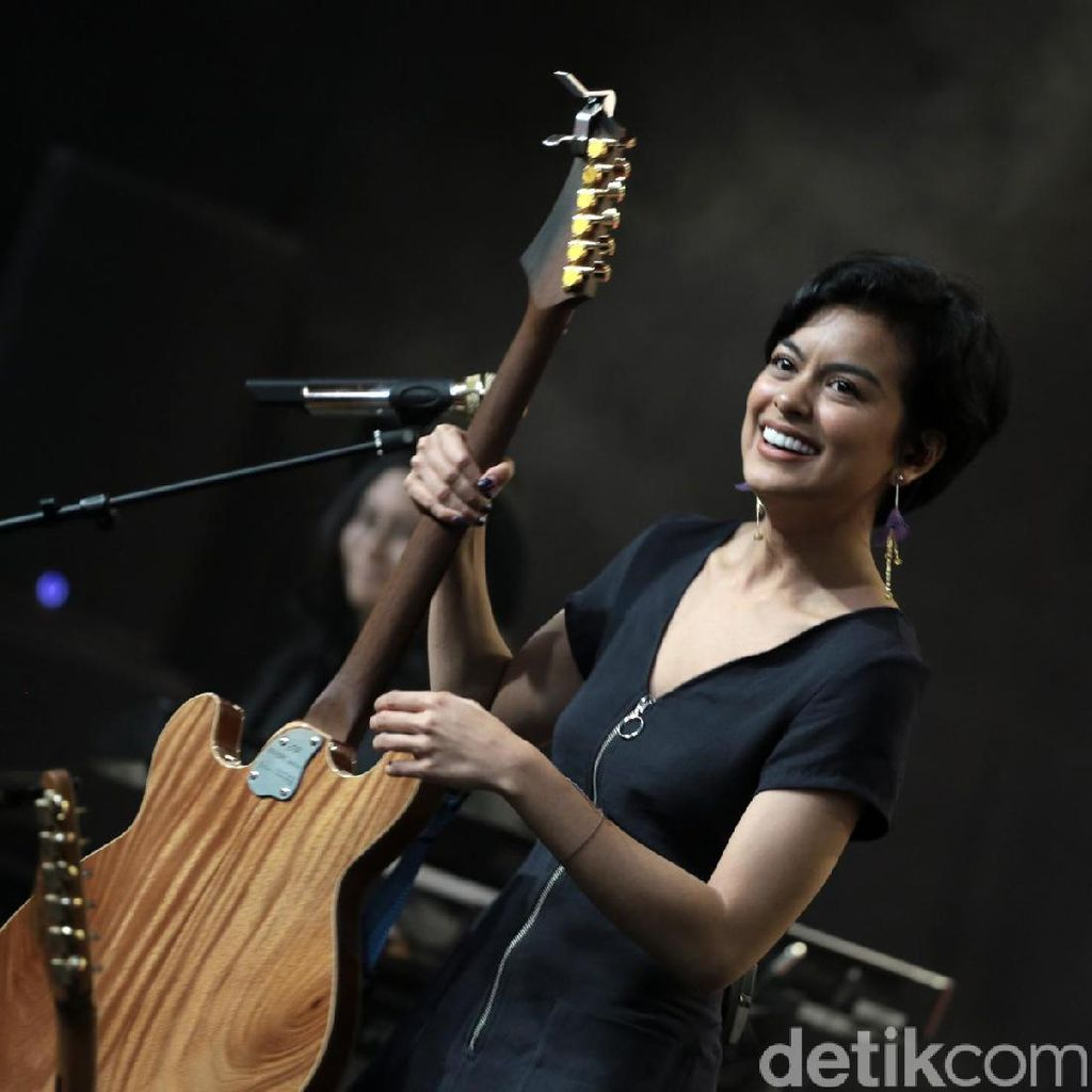 Eva Sudah Punya Pacar, Sophia Latjuba Takut Diomelin Jika Bicara