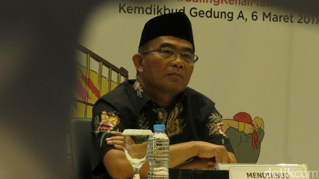 Mendikbud akan Sebar Buku Cerita Nusantara di 34 Provinsi